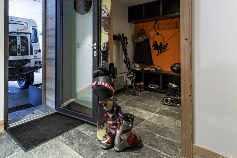chalet couttet chamonix ski boot room