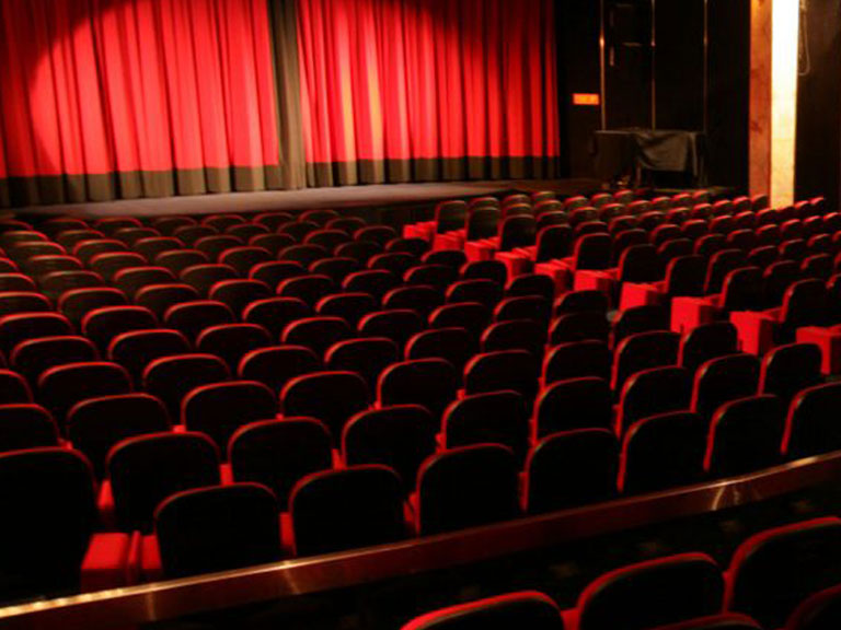 chamonix cinema and things to do