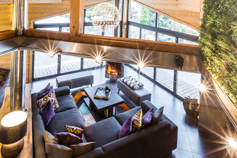 chalet couttet lounge from above